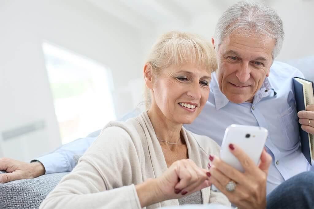 PERS-LTE-senior-care-essence
